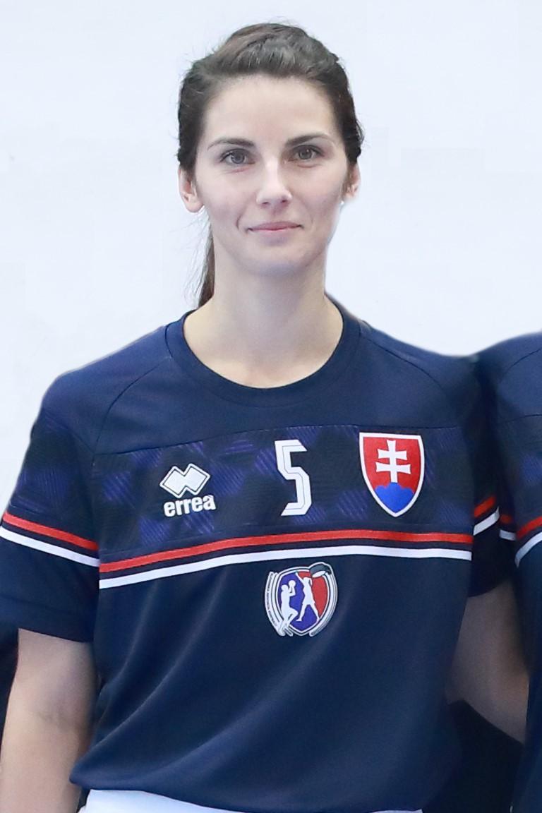 Zuzana BuŠÍkovÁ