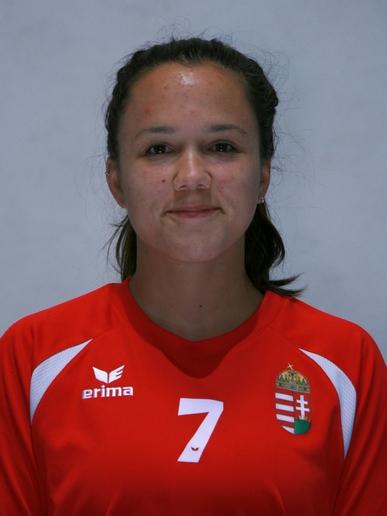 Sára TasnÁdi